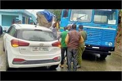 truck car collision in tunuhatti all passengers safe