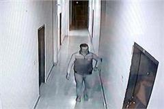 lcd stolen from 5 rooms of hotel vicious captured in cctv