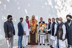 many veteran leaders of bsp joined sp akhilesh welcomed