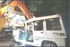 tragedy in amethi truck collides with bolero 5 dead