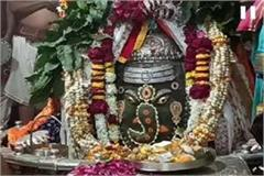the influx of devotees in the mahakal and khajrana temple