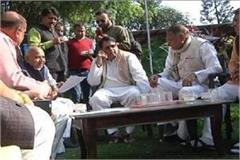 min pc sharma govind convince mla munnalal congress discussion tea