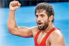 indian wrestler bajrang punia give 6 month salary to haryana corona relief fund