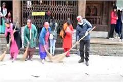 special cleaning campaign in manali