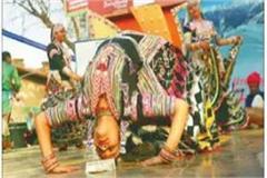 rajasthani folk dance spells crowd on second weekend of surajkund fair
