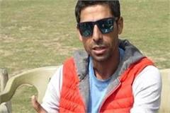 no player can replace dhoni in the team right now ashish nehra