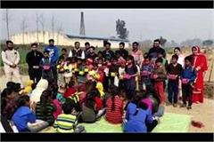 mass birthday of children celebrated in bhatta pathshala