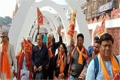 batch of 25 hindu pilgrims left for pakistan