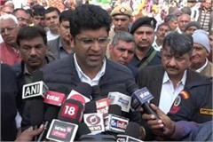 dushyant said kejriwal hindered the development of delhi for 5 years