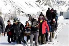 2 patients were rescued from lahaul amid heavy snow