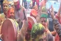 raghunath s city gets filled with colors