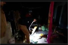 killing businessman and wife by entering house in meerut