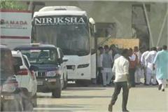 cong mla reach delhi bengaluru meet scindia return bhopal bjp membership