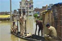 yamuna river overturns in uttar pradesh three including two policemen killed