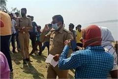 bhadohi kalyugi s mother threw 5 children into the ganges police arrested
