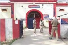 ballia prisoners create ruckus after breaking into district jail