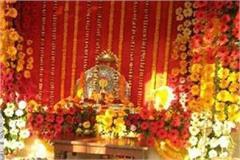 ayodhya hanuman seated with ramlala in the sanctum sanctorum