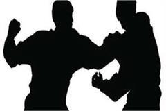 2 leader fight in market police arrested