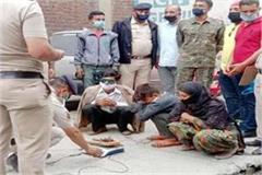 3 arrested with hashish