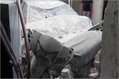 ccident in faridabad car crashes into a house in haryana