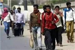 migrant laborers upset due to helpless of administration