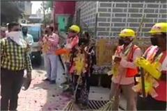 5 month old pf s money missing from 40 sweepers contractor absconding