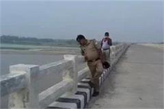 father threw 3 girls in ghaghra river with friend know what is the matter