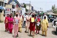 villager against liquor shop