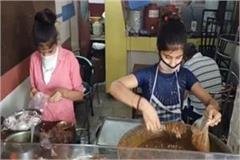 chole bhature started selling with his father