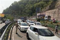 parwanoo barrier 2 days 150 vehicles back