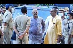 bhadohi badly trapped bahubali mla vijay mishra
