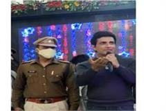 sonu sood appeals to people wear seat belts and helmets