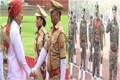 meet this constable of mp they are saluted by top police officers