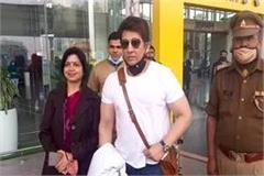film actor shekhar suman arrives in lucknow to participate