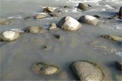 dead body of person found in ravi river in tadoli identification not done