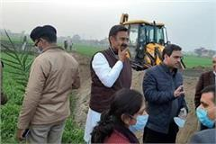 the villagers of camla diverted the attitude of the agitating farmers
