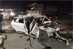 6 people died in painful road accident in indore