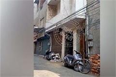 elevator of hardware warehouse in jalandhar broken one dead