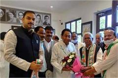 arun yadav angered by babulal chaurasia s entry in congress