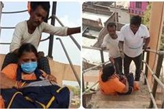 etawah old woman hurt due to not getting a position on the