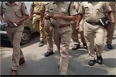 mathura went to catch those selling illicit liquor attack on the police team