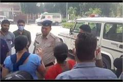 policeman beat up scavenger for breaking flowers for pooja