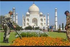 stirred by rumor of bomb in taj mahal false