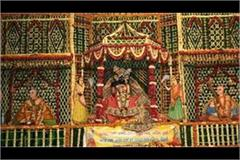 giriraj parikrama closed bihari ji s darshan will have to be registered online
