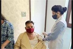 shiv sena haryana state chief harkesh sharma put covid 19 vaccine