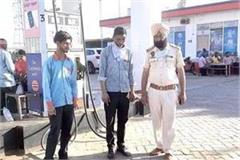 robbers target petrol pump day after day firing and stole cash