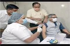 up chief secretary takes first dose of covid vaccine with wife in civil hospital