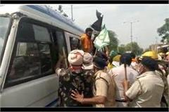 farmers protest cm khattar on reaching hospital update