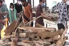 dead body of sanjeev sharma of una arrived in india from saudi arabia