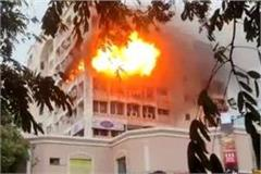 heavy fire in gurugram s supermart